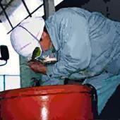 カメの加工の様子(2002年頃)